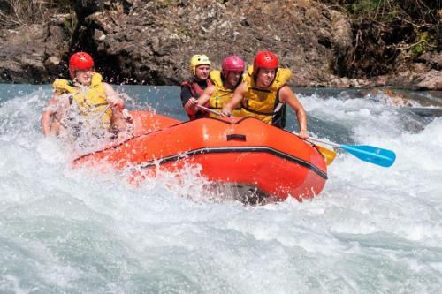 whitewater rafting klamath
